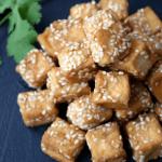 ¿Cuáles son las propiedades y contraindicaciones del tofu? ¿Cómo se cocina?